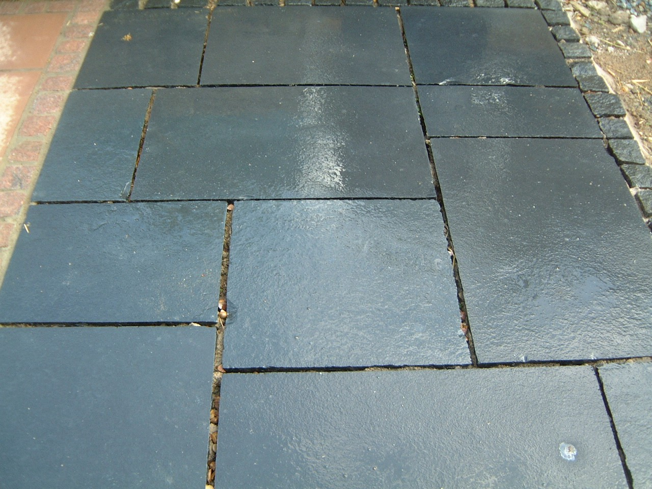 Carbon kota black limestone paving rock and stone